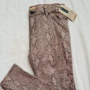 SANCTUARY DENIM Size 29 The Charmer Jeans (G29)
